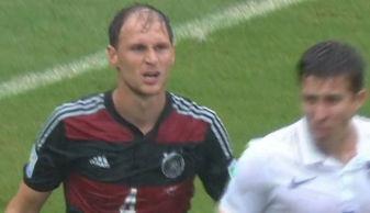 德国男模队变秃子队 大雨浇出真相 脱发惨不忍睹