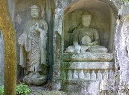 商路雄途-灵隐除了有规模宏大的寺庙,还有飞来峰,千年古刹加奇峰异石.大雄...