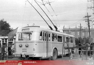 30年前北京公交中的斯柯达8Tr无轨电车