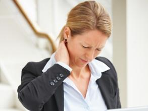 颈椎痛-职业病危害司机健康,你知道怎么预防吗