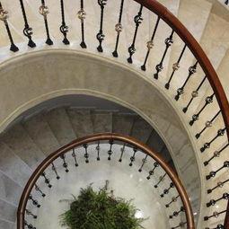 别墅楼梯设计图效果图