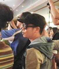 【8p】亚洲骚少妇av-据台湾《中国时报》报道,徐若瑄昨日晚上爆乳出席邱瓈宽监制的《玛...