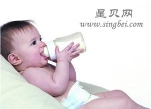 ...咪什么时候应该给宝宝断奶