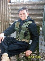 组图 中国的帅哥都当兵去了