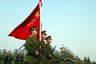 ...部队出发前举行阅兵式. 新华社记者 -中国蓝盔 为世界和平出征
